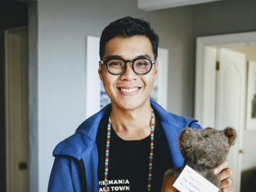 "Athikhun Suwannakhan (User:Athikhun.suw) attending ESEAP meet-up and holding the ESEAP Conference mascot ""Quokka"" at Wikimania 2018 in Cape Town, South Africa. Photo: Sir Nicholas de Mimsy-Porpington. License: CC-BY-SA-4.0"